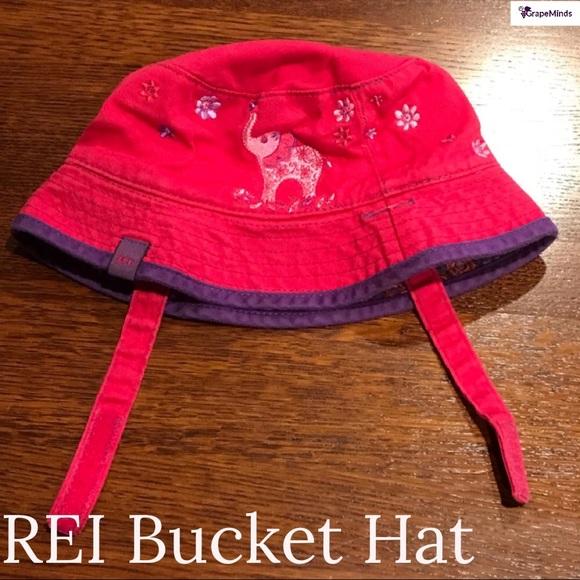 4923b67261234 Girls  REI Elephant Bucket Hat Pink Purple